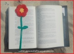 Marcapáginas flor ganchillo