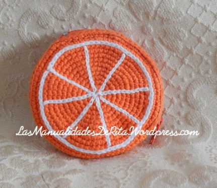 Monedero Naranja ganchillo