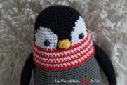 Pingüino Humboldt pica pau