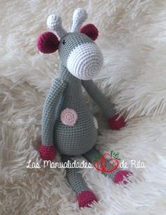 Jirafa gris (10)