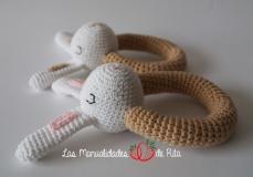 sonajeros-conejito-crochet-3